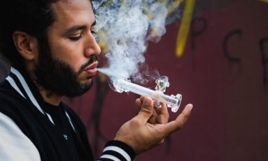Cannabis Consumption Methods: Pros, Cons, and Myths