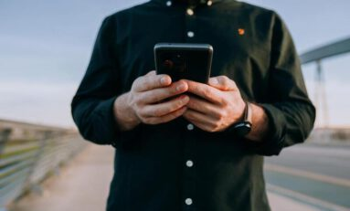 What Cannabis-Buying Apps Mean for Consumers & Retailers